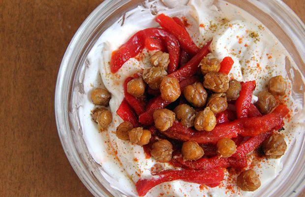 THIS Is the Best Way to Eat Yogurt  http://www.eatclean.com/recipes-how-to/low-sugar-yogurt-recipes?cid=soc_Eat%2520Clean%2520-%2520eatcleanfeed_FBPAGE_Prevention__