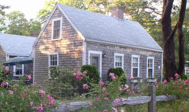 Cape Cod Cottage Hooked On Houses Pinterest