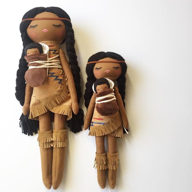 Sacagawea pre-orders are FINALLY done, I'm so sorry they took so long. They'll be shipping off tomorrow...❤️This picture is a great visual of my sizing, I've been making the medium sized dolls lately (the smaller one in the photo) I'll definitely be making a few batches of the larger girls before the holiday.