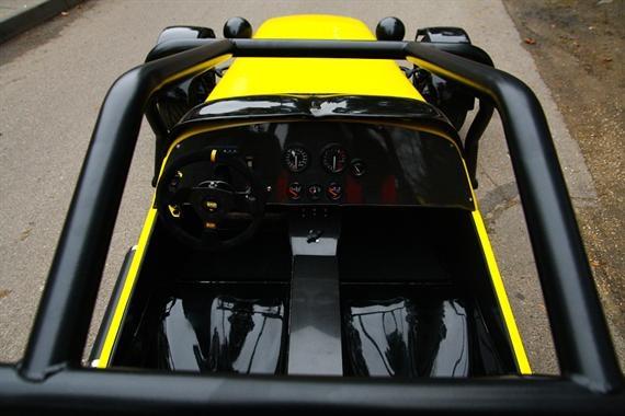 Lotus 7  https://www.geradovana.lt/lt/suvaldyk_legendini_lotus_super_7_gecko_motorsport.aspx