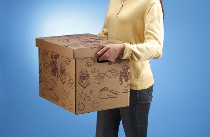 MOTTEZ предлагает декоративные коробки из гофрокартона как идеальные ящики для хранения вещей дома.  Объем одной коробки 55 литров, она выдерживает вес до 15 кг, а сама весит чуть более 500 грамм. Кроме того, коробка имеет две ручки для облегчения переноски.  В дополнение к практичности эти коробки еще и оформлены печатью в один цвет, на выбор цветочные орнаменты или орнаменты из вещей, которые могут храниться в коробках.  Размер коробки: 45×35×35 cm. Конструкция самосборная с откидной…