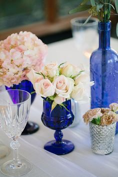 blush pink navy wedding flowers - love the contrast of the blue and blush pink!