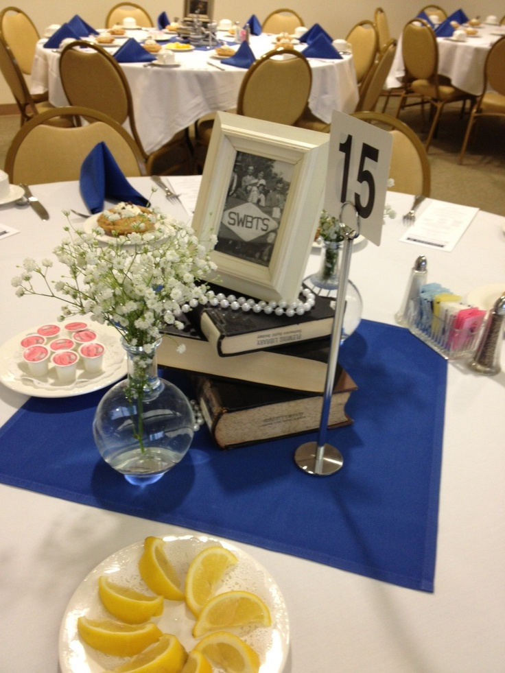 Centerpiece at scholarship donor banquet event
