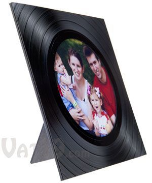 Recycled Vinyl Picture Frame: Display photos in a recycled LP album: