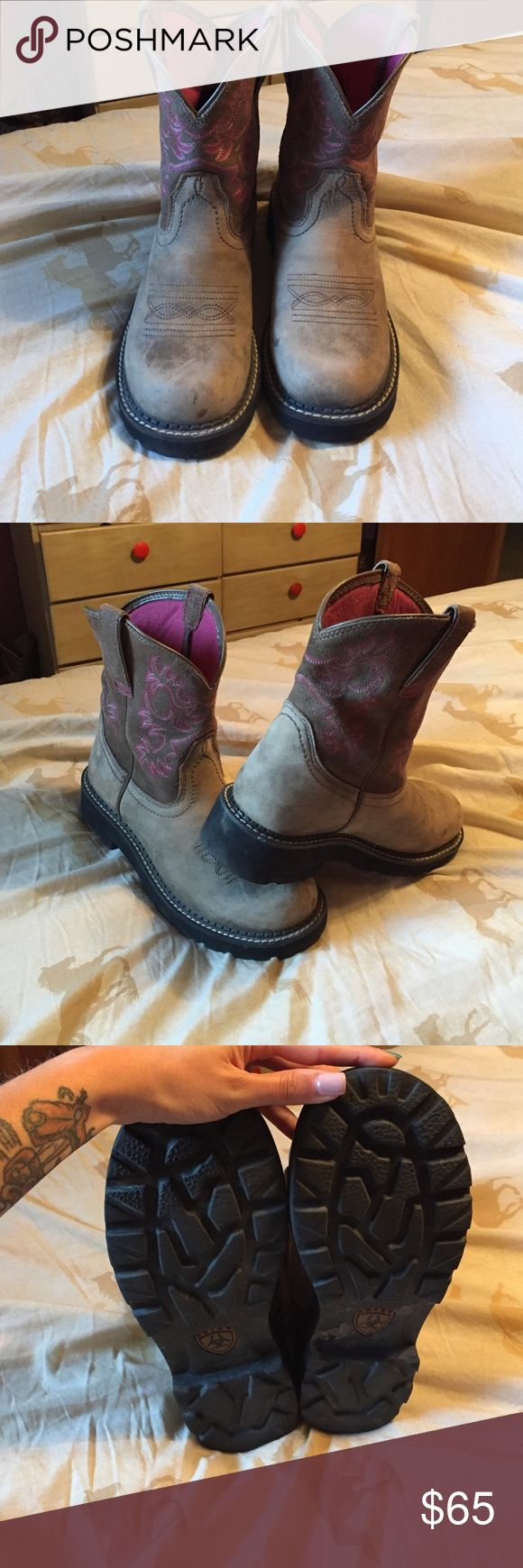 Ariat Fatbaby boots Worn fat baby Ariat boots in great condition! Ariat Shoes