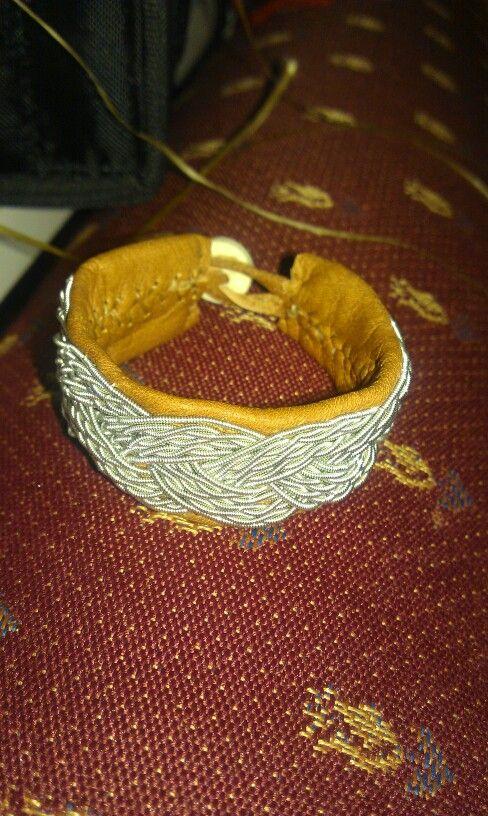 Färdiga resultatet av syrrans armband