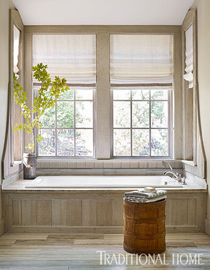 The Tub Niche Is Detailed With Lime Washed Paneling The Floor Is Travertine Photo Emily