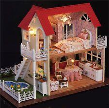 Hágalo usted mismo de Madera Muebles Casa De Muñecas Mini Princesa Villa LED Kit Muñeca Casa Regalo De Navidad