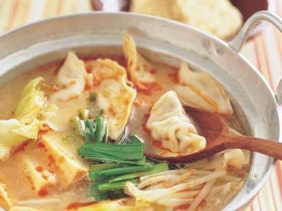 ピリ辛ギョーザ鍋