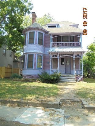 Perfect This Turn Of The Century Home Has Lots Of Character, Charm And The Original  Wood Work*This Home Has Loads Of Potential And Would Make A Nice Familyu2026