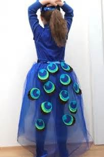 Recherche Comment faire un costume de paon. Vues 65835.