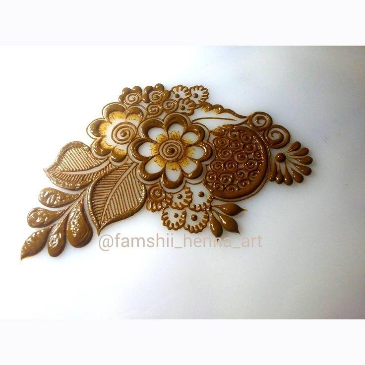 Repost • #henna #hennadesigns #hennaart #hennaartist #mehendi #mehendidesigns #artist #art #flower #nature #famahiihenna #bunches #roses #love #hennalove #pakistanihenna #indianhenna #traditionalart #arabichenna