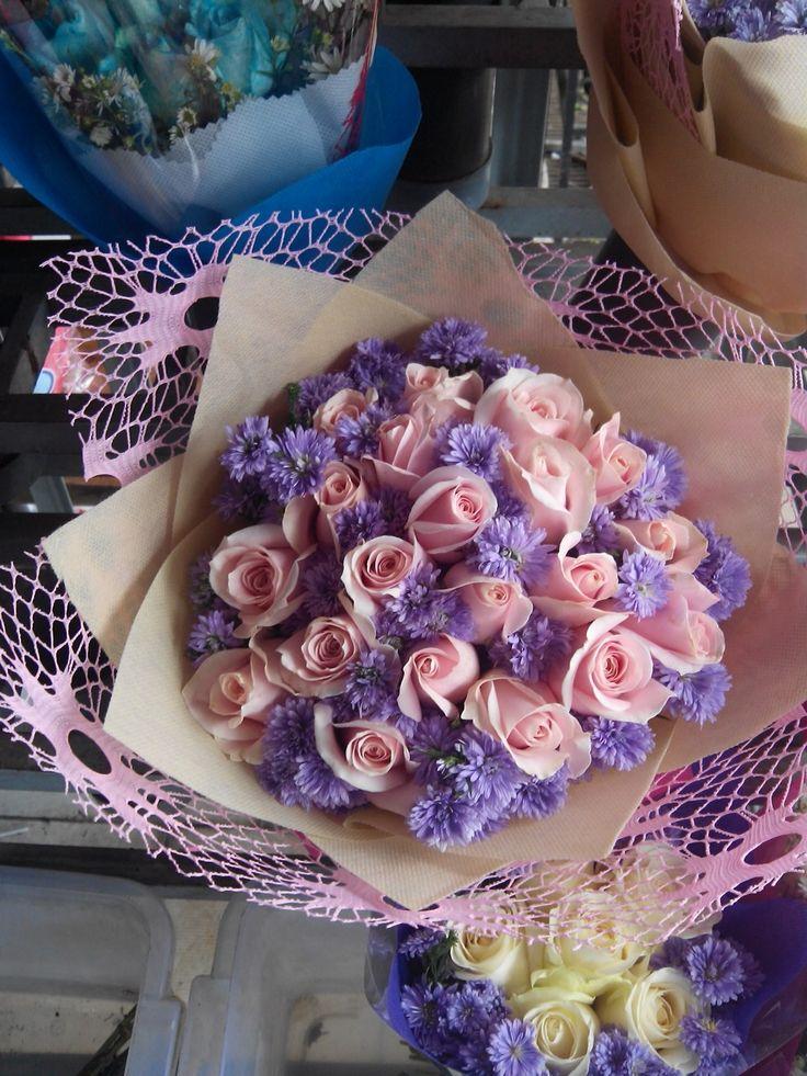 Pink rose and pikox ungu