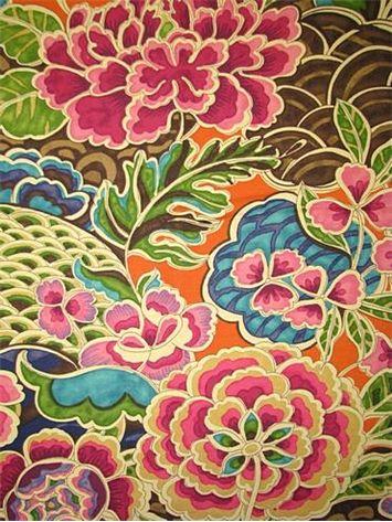 Zen Garden Darjeeling would look great on pillows for the Tahoe sectional in cream upholstery.