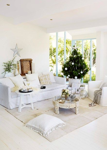 Create a beach-bright interior with whites, metallics and seasonal touches… an enticing backdrop for a Christmas that really sparkles  Home Beautiful Magazine Australia