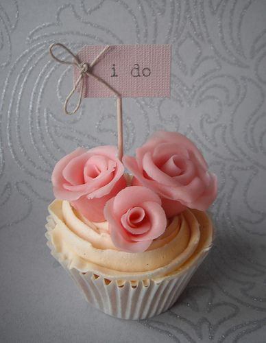 Beautiful, pretty, inviting cupcake!