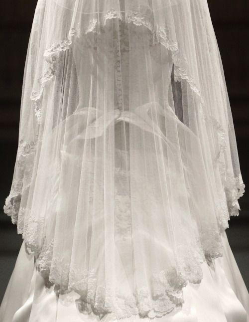 1000 ideas about alexander mcqueen wedding dresses on for Sarah burton wedding dresses official website