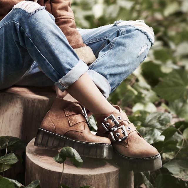 - borcego COACHELLA SUELA - cartera MAYA - gamulan NAXOS   #bag #shoes #accessories #jacket #basic #hit #leather #awesome #aw16 #coachella