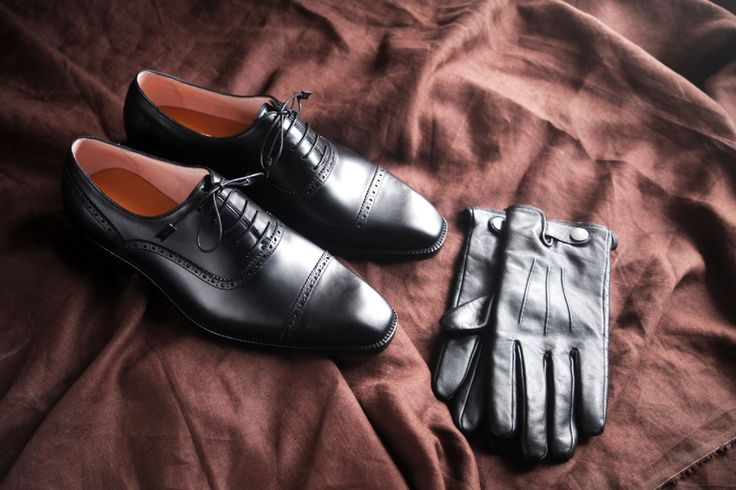 BEN KOO bespoke shoes and LE DIX leather gloves