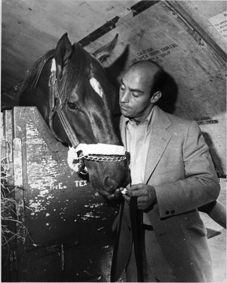Alydar and his trainer, John Veitch | Daily Racing Form