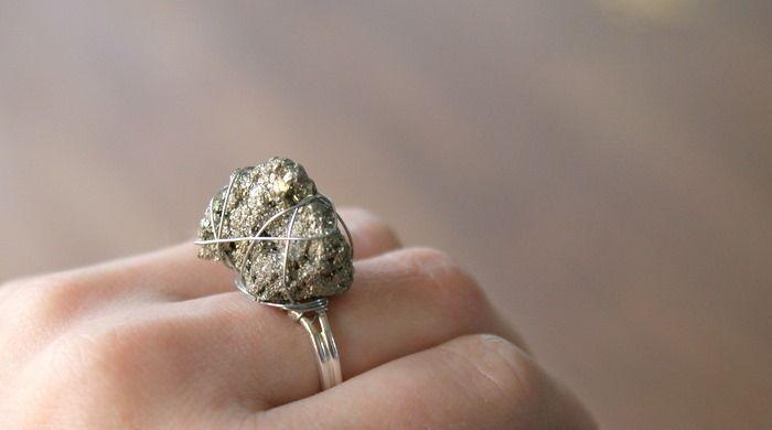 DIY pyrite ringDiy Ideas, Statement Rings, Pyrite Rings, Ideas Crafts Quotes, Diy Crafts, Diy Pyrite, Diy Er, Diy Rings, Pyrite Jewelry