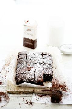 easy chocolate brownies//