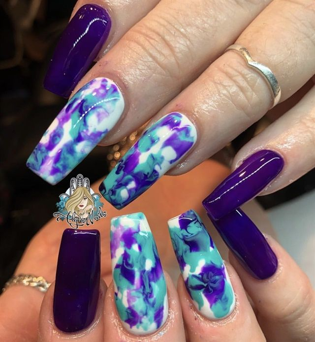 Day 171: Colorful Abstract Chameleon Nail Art – – NAILS Magazine