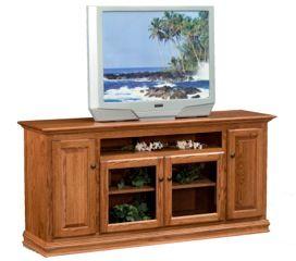 Traditional 70 inch TV stand  #swissvalleyfurniture #hardwoodfurniture #furniture #shopsmall #homedecor #interiordesign #interior #interiors #home #homesweethome #interiorinspiration #inspire #amishcountryinteriors #design