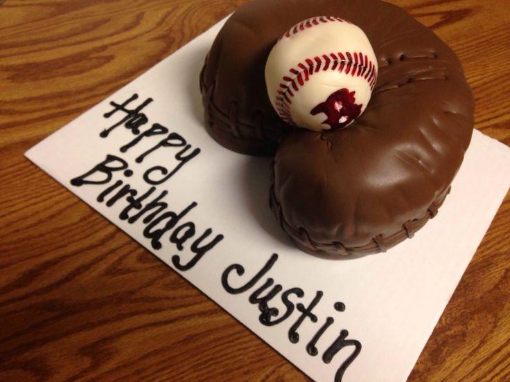 Vintage baseball glove cake