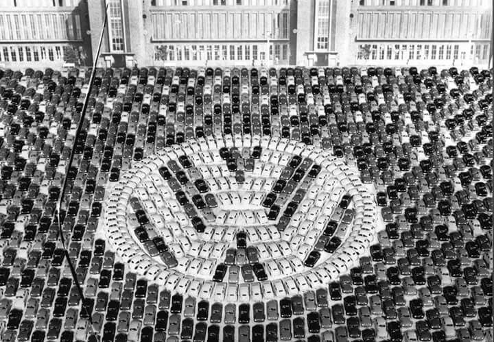 1955 - Celebration of the 1,000,000th Beetle at Wolfsburg factory #vw_vintage_morat
