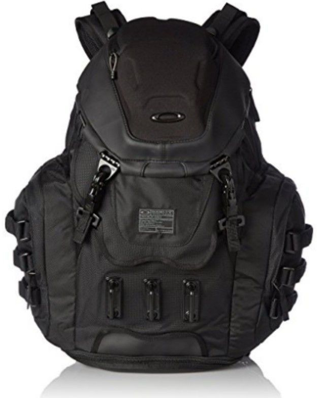 The 14 Best Carry On Backpacks Of 2021 Oakley Backpack Oakley Bag Best Carry On Backpack