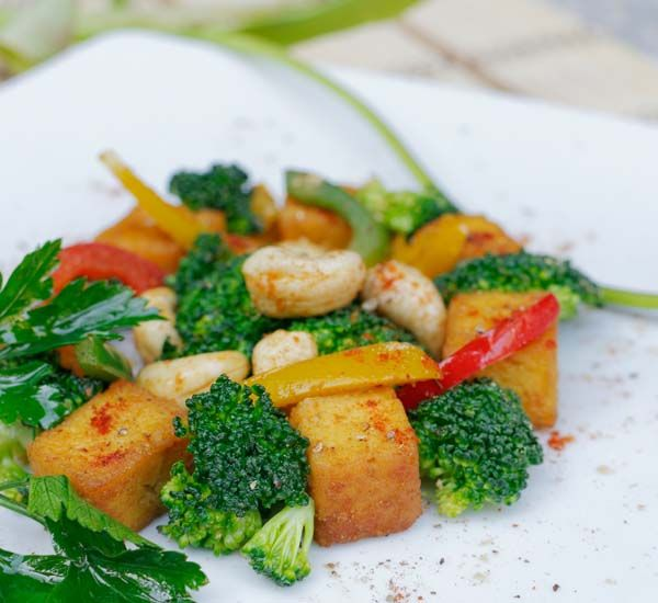 Tofu cu broccoli