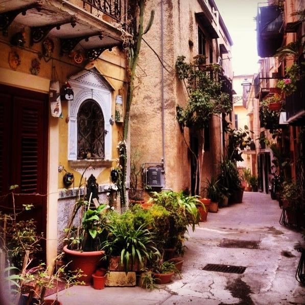 Quartiere Ciambra a Monreale (Sicilia)