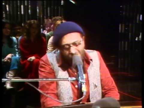 Lucio Dalla - Milano (Live@RSI 1978)