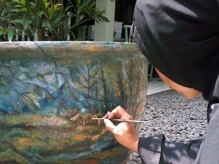 Finalizing flowerpot art for Inns resto in Cilandak.