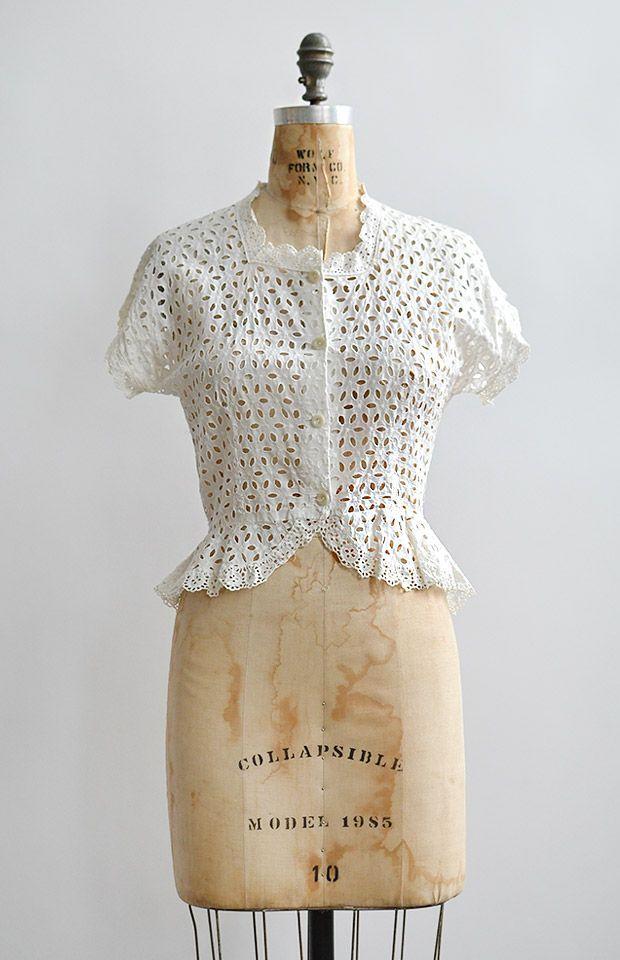 d562d160fad88c vintage 1940s white cotton eyelet peplum blouse