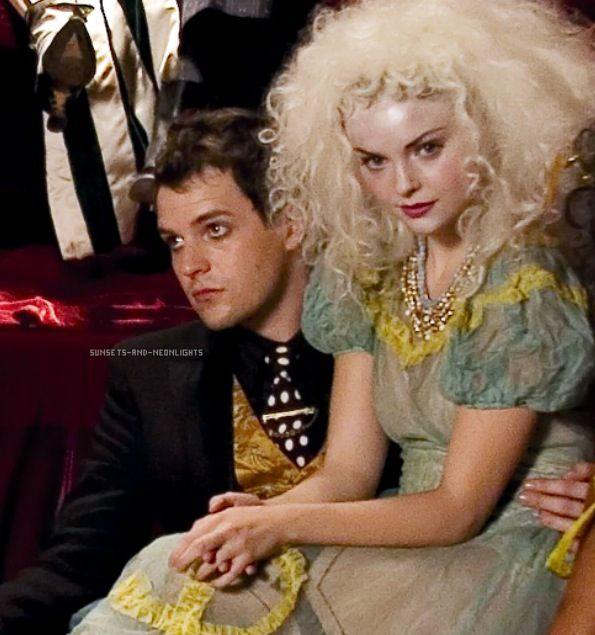 Mr. Brightside - The Killers / *__* izabella miko <3