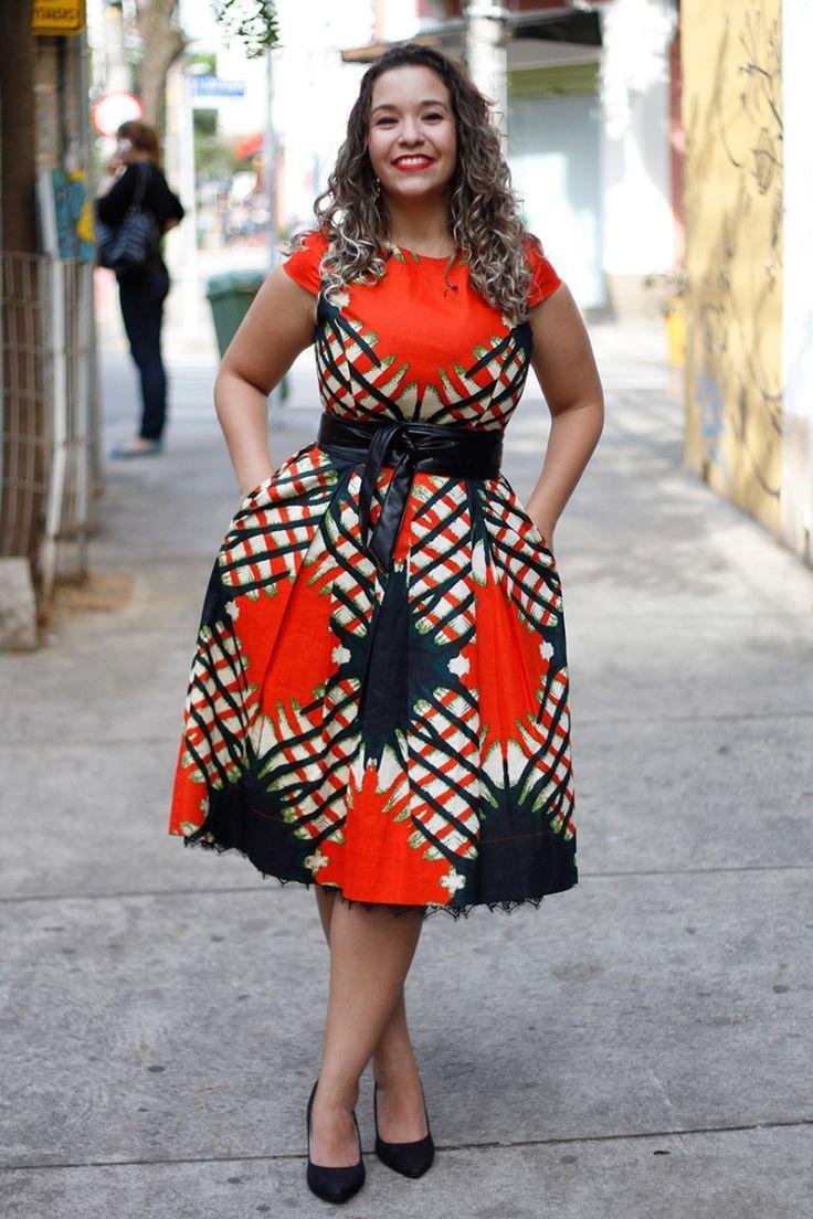Afer est une marque brésilienne basée à Sao Paulo. Elle propose des vêtements pour femmes chic et stylés, dans l'air du temps. Si vous nous parlons de cette marque aujourd'hui, c'est pour vous faire découvrir sa collecton « L'Afrique c'est chic », réalisée avec des imprimés wax, batik. Eh oui ! les imprimés africains sont bien dans ...