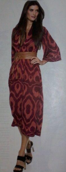 Vestido - tecido: jérsei; fonte: revista Manequim, jul 2015, p.18.