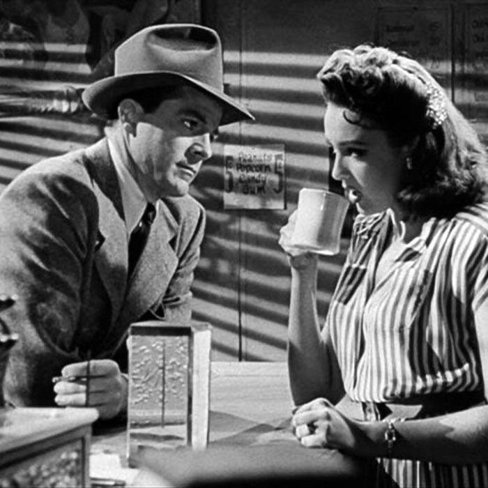 """Dana Andrews y Linda Darnell en """"¿Ángel o Diablo?"""" (Fallen Angel), 1945"""