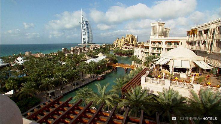 Overlooking the coast of the Arabian Peninsula - Madinat Jumeirah, #Dubai, United Arab #Emirates #luxurydreamhotels