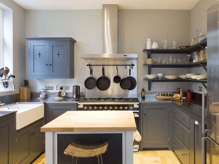 cozinha com mobiliário cinza
