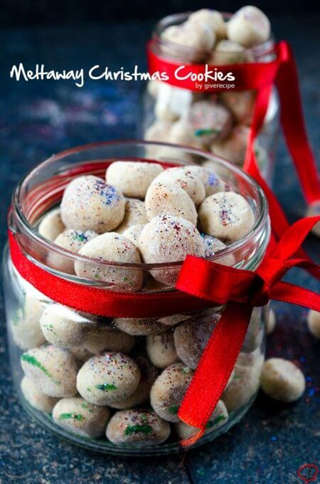 Meltaway Christmas Cookies are the perfect edible gifts for any occasion. Very easy to make! Need very simple ingredients. No chilling is required.
