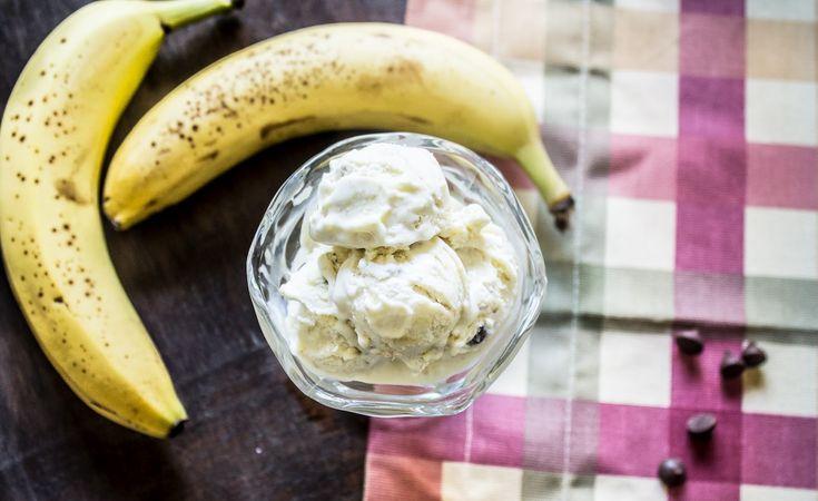 Tojás nélküli banánfagylalt 4 hozzávalóból, krémes csábítás… :)