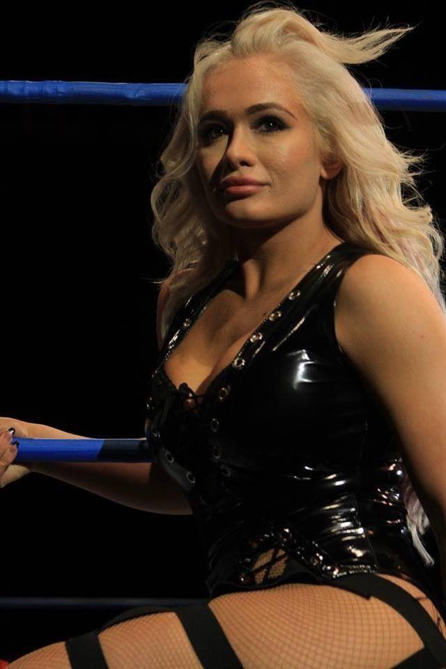 Pin on Wrestling - Scarlett Bordeaux