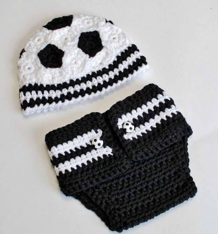 Newborn Soccer Hat and Diaper Cover Pro My first boy will have this, even if my husband hates soccer ( haha that is funny cuz I won't marry someone who hates soccer it doesn't have an interest in it)