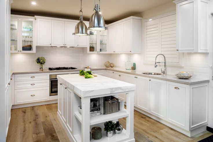 FARMERS American Hamptons Style Kitchens. Quality handmade cabinets for Country style, French Provincial Style, Traditional & Classic Kitchens and Bathrooms, custom made furniture
