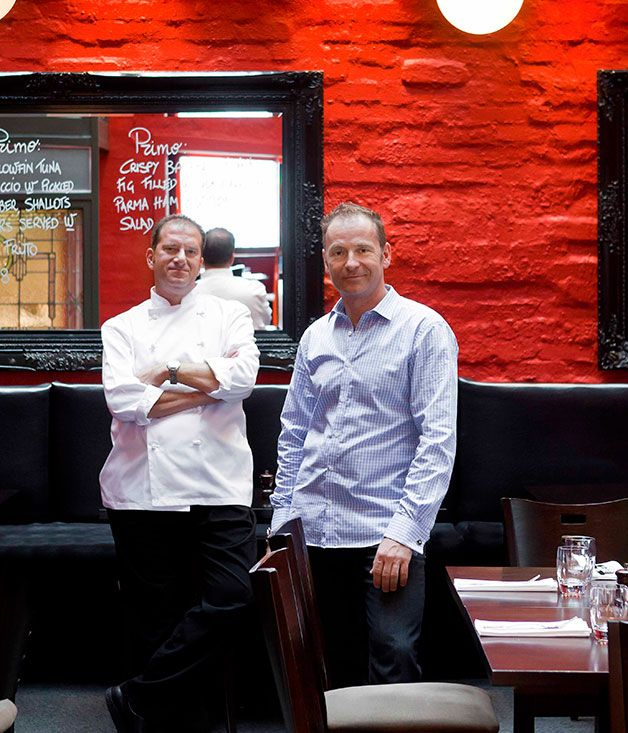 Australian Gourmet Traveller Melbourne restaurant review for Town Hall Hotel.