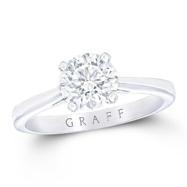 GRAFF(グラフ)の婚約指輪、ザ・グラフ パラゴンのご紹介です。シンプルな中にこの上ない美しさを秘めたパラゴンは、ダイヤモンドにエレガントな気品をまとわせる。©GRAFF DIAMONDS LIMITED【ゼクシィ】なら、GRAFF(グラフ)のエンゲージメントリングも多数掲載中。