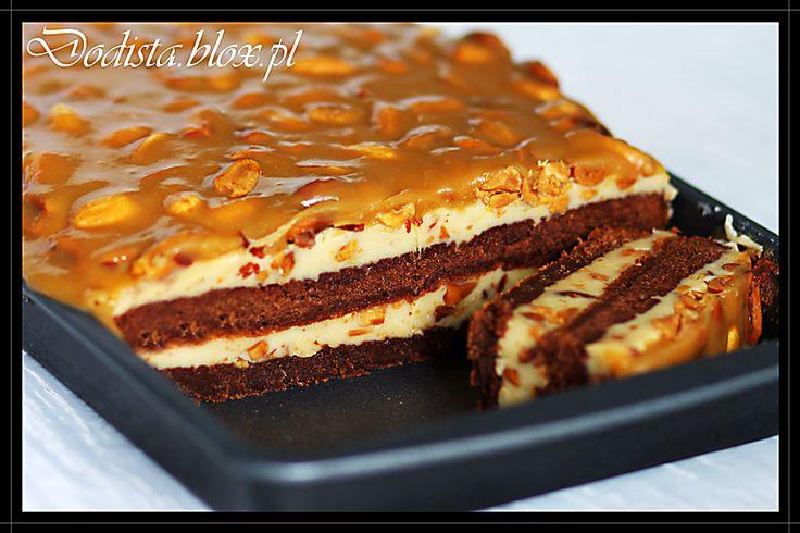 Karmelowe brownie z orzeszkami ziemnymi